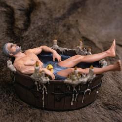 STATUETTE GERALT IN THE BATH 9 CM